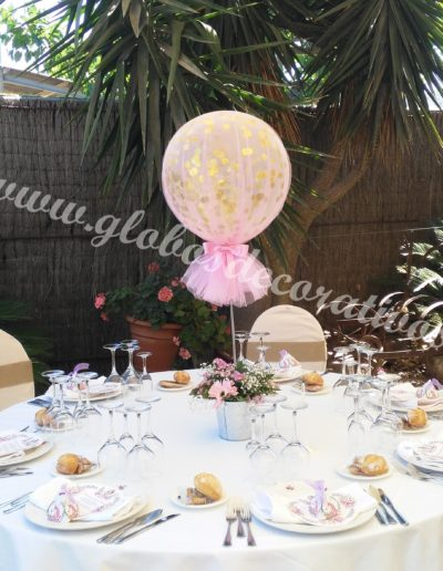 centro de mesa serpentina con tull rosa
